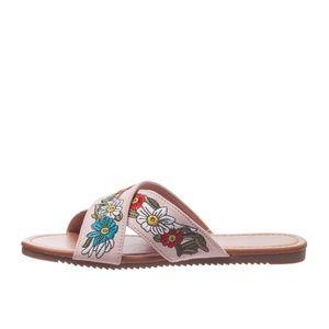 Olivia Miller Floral Sandals NWT Size 9